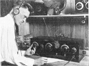 tuning_neutrodyne_receiver_1924